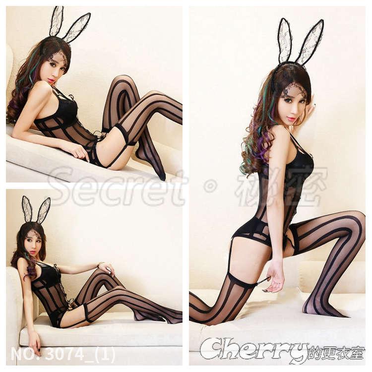 兔女郎激情兔耳朵套裝性感露乳開檔連身吊帶絲襪透視裝情趣內衣