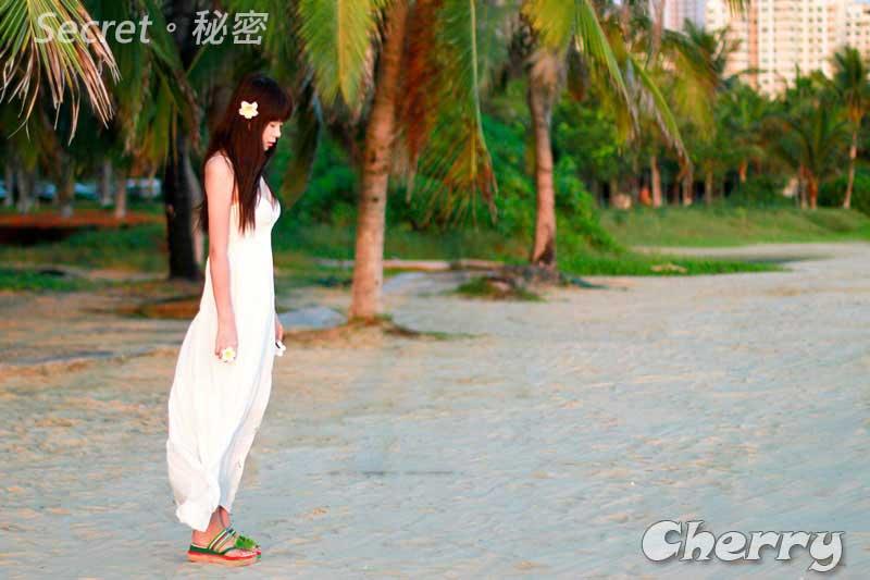 V領白色背心長裙波西米亞風 沙灘吊帶連衣連身長裙 純色 夏天