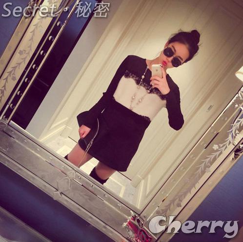 蕾絲配色拼接針織袖超顯瘦洋裝