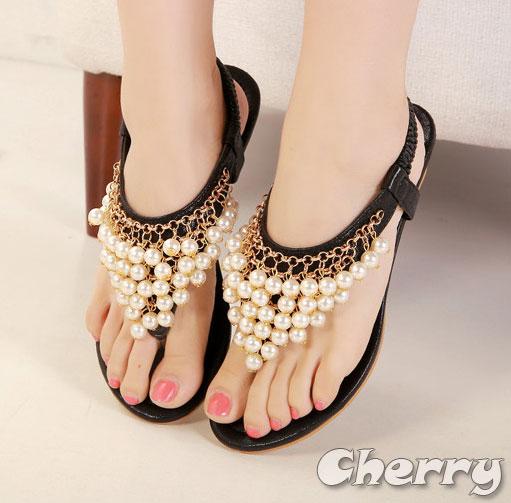 波西米亞珍珠水鑽夾腳涼鞋