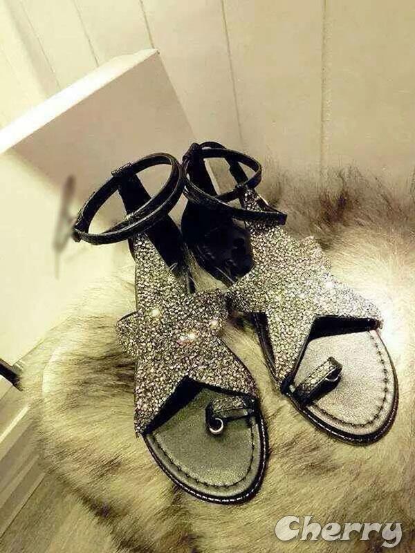 星星水鑽平底涼鞋
